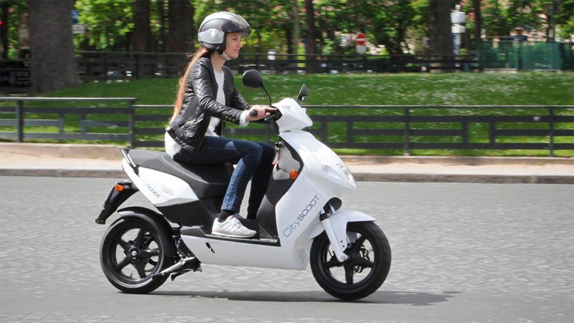 skogås trafikskola moped
